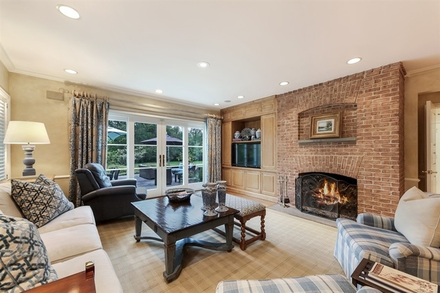 1196 North Green Bay, LAKE FOREST, Illinois, 60045