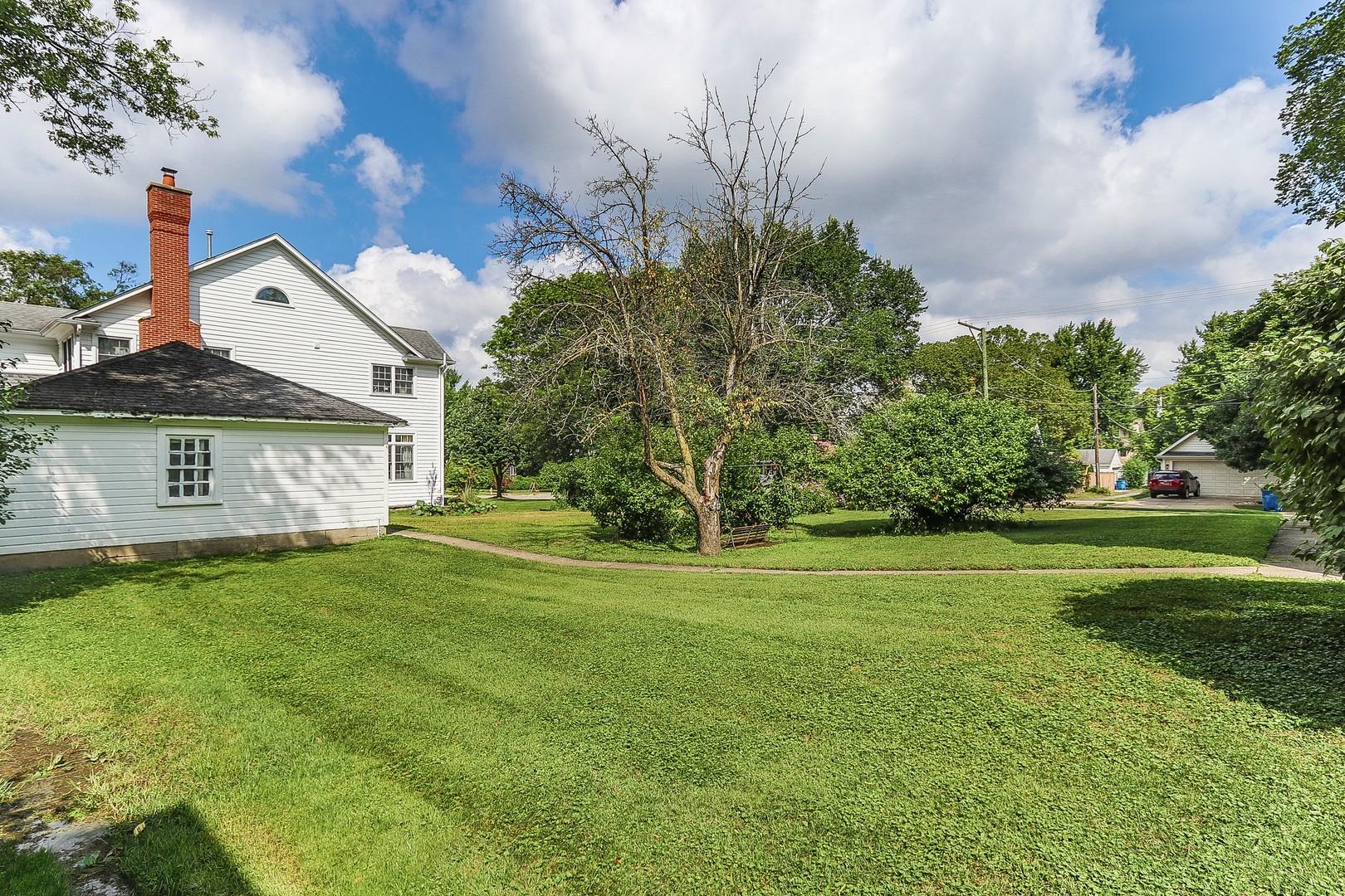 104 South Monroe, Hinsdale, Illinois, 60521