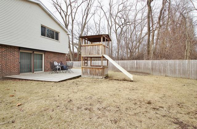 221 MARK, Glenview, Illinois, 60025