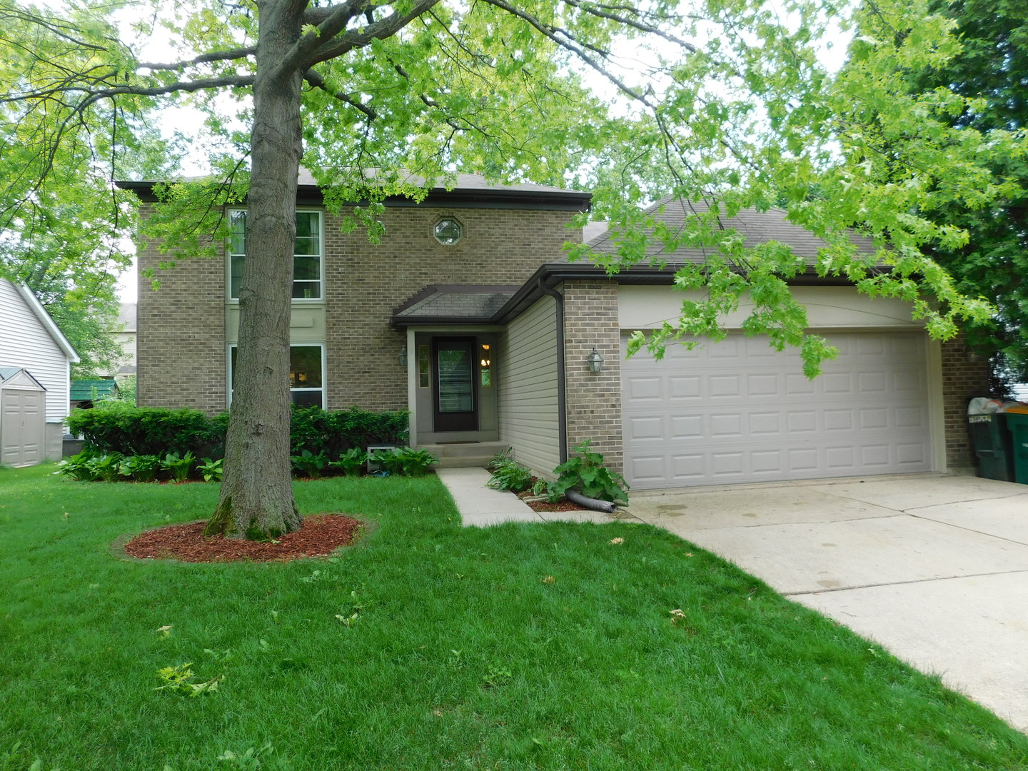 GARDENIA Lane, BUFFALO GROVE, IL 60089