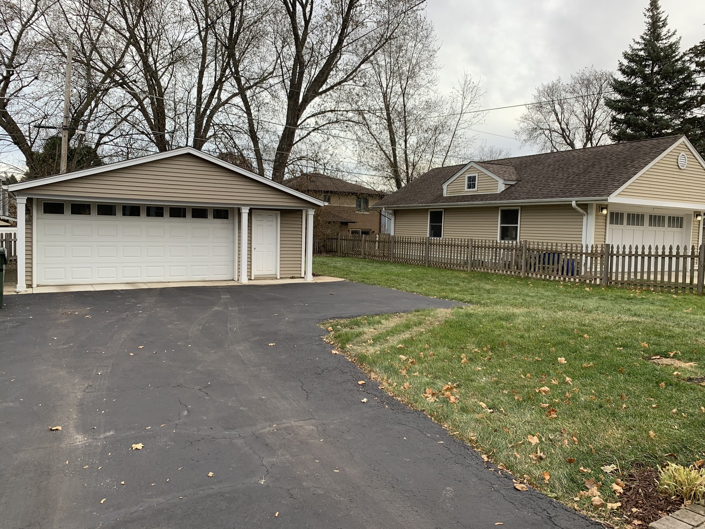 221 North Maple, Mount Prospect, Illinois, 60056