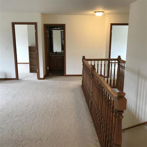 301 Briarwood, Poplar Grove, Illinois, 61065