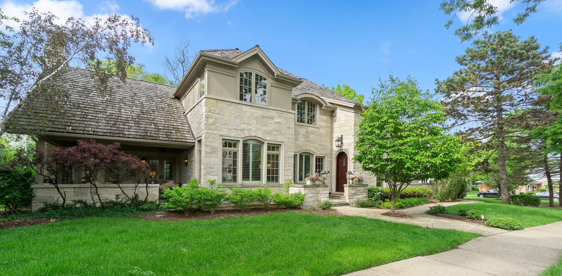 123 East Hickory, Hinsdale, Illinois, 60521