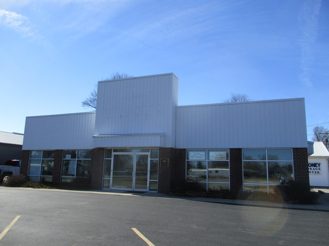 120 S Pennsylvania Street, Chrisman, IL 61924