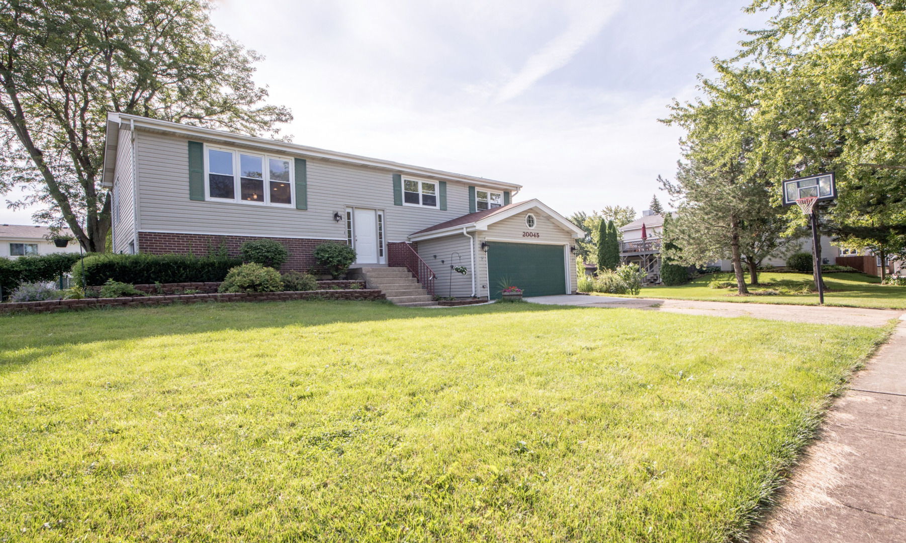 20045 South Sycamore, Frankfort, Illinois, 60423