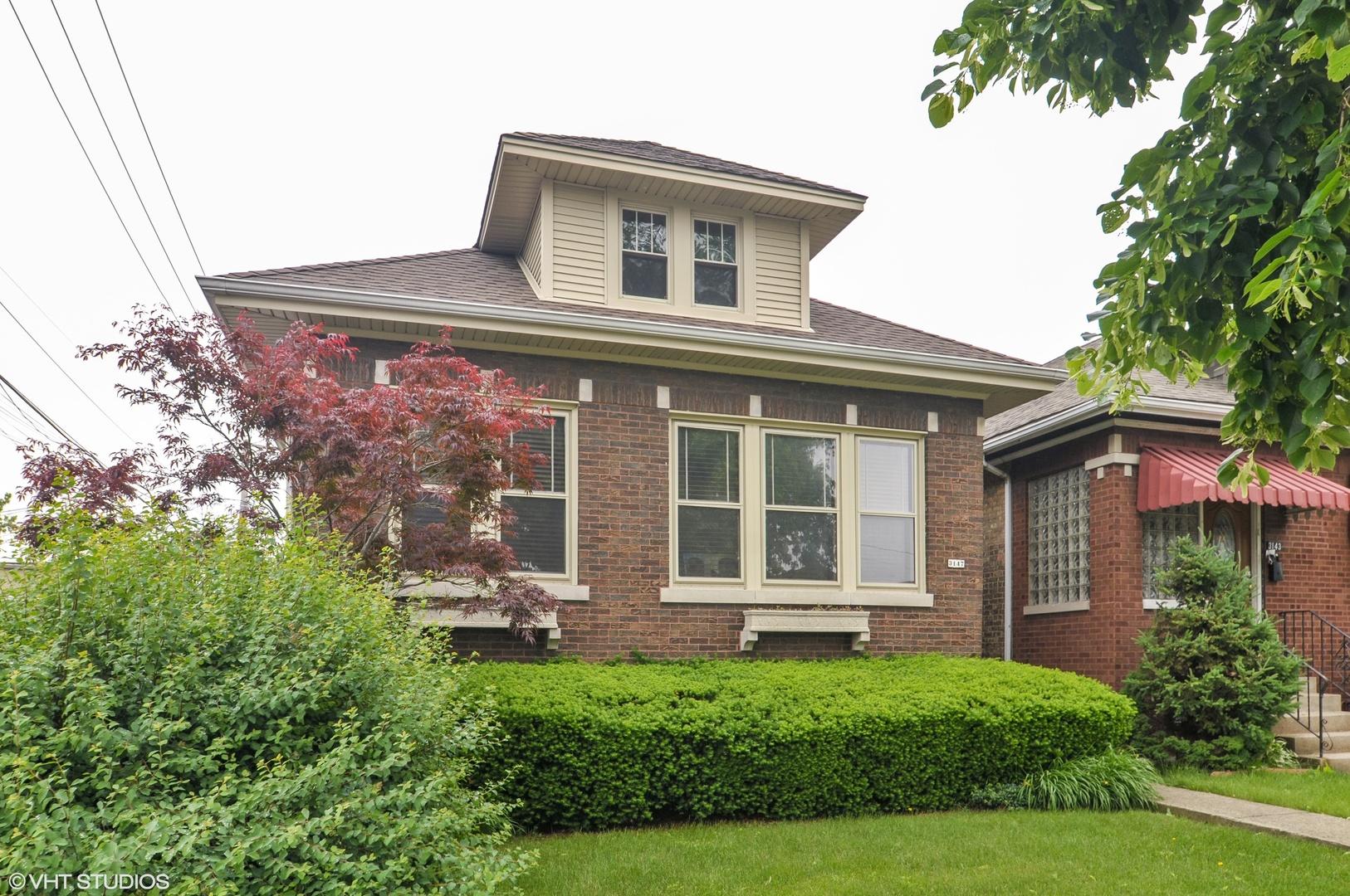 3147 N Kilbourn Exterior Photo