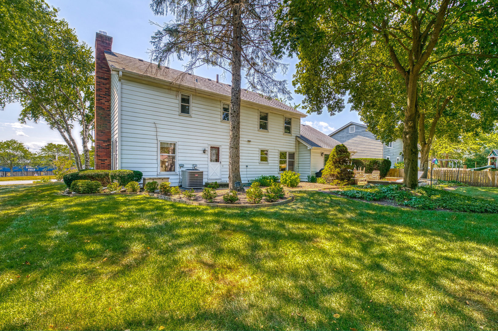734 Gray, ST. CHARLES, Illinois, 60174