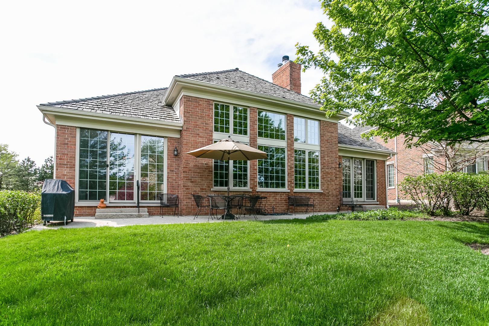 2049 Royal Ridge, Northbrook, Illinois, 60062