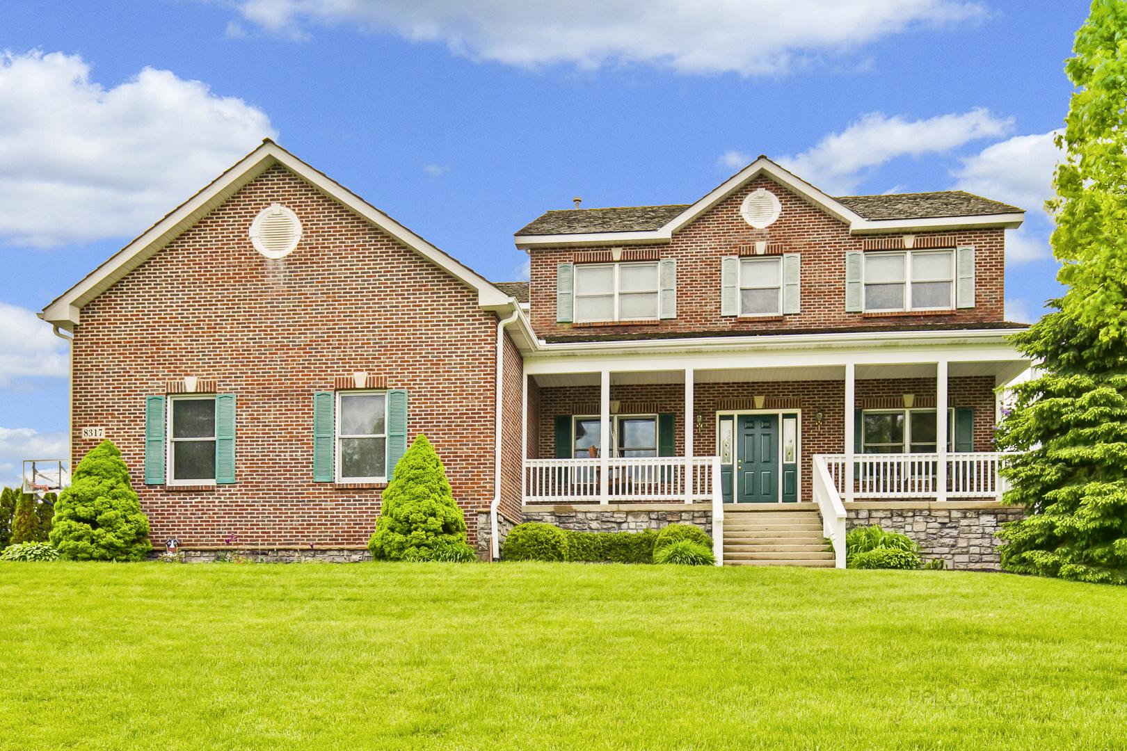 8317 Appaloosa Lane, Spring Grove, Illinois 60081