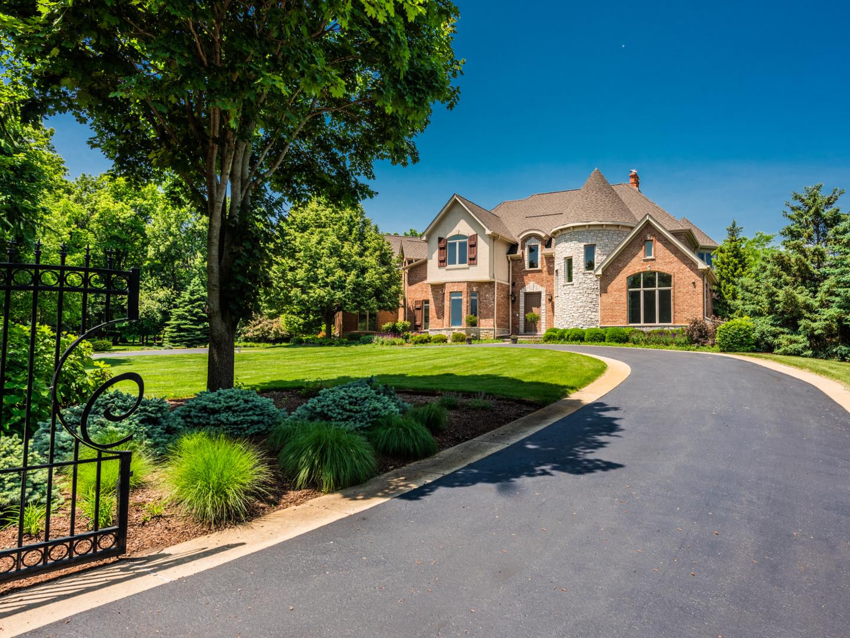 222 Westfield Way, Barrington Hills, Illinois 60010