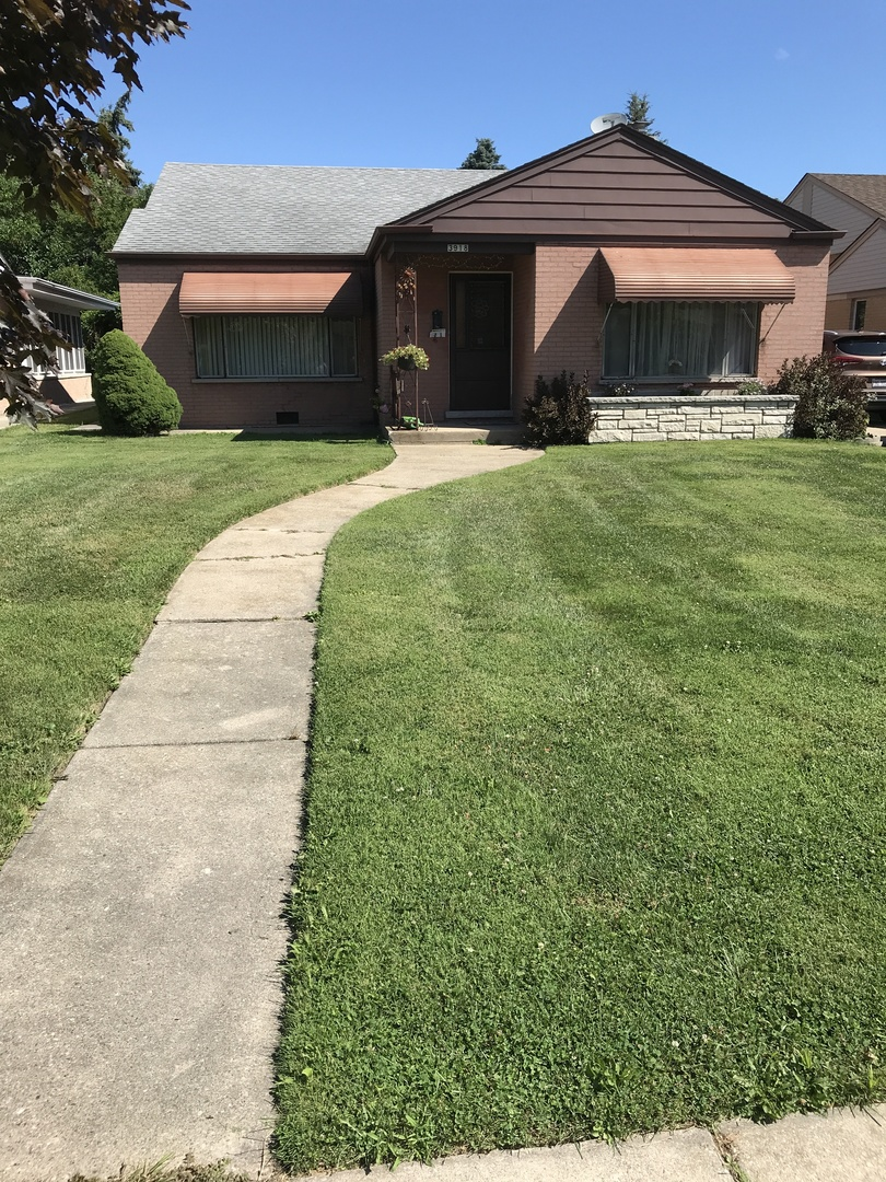 3918 West Loyola, Lincolnwood, Illinois, 60712