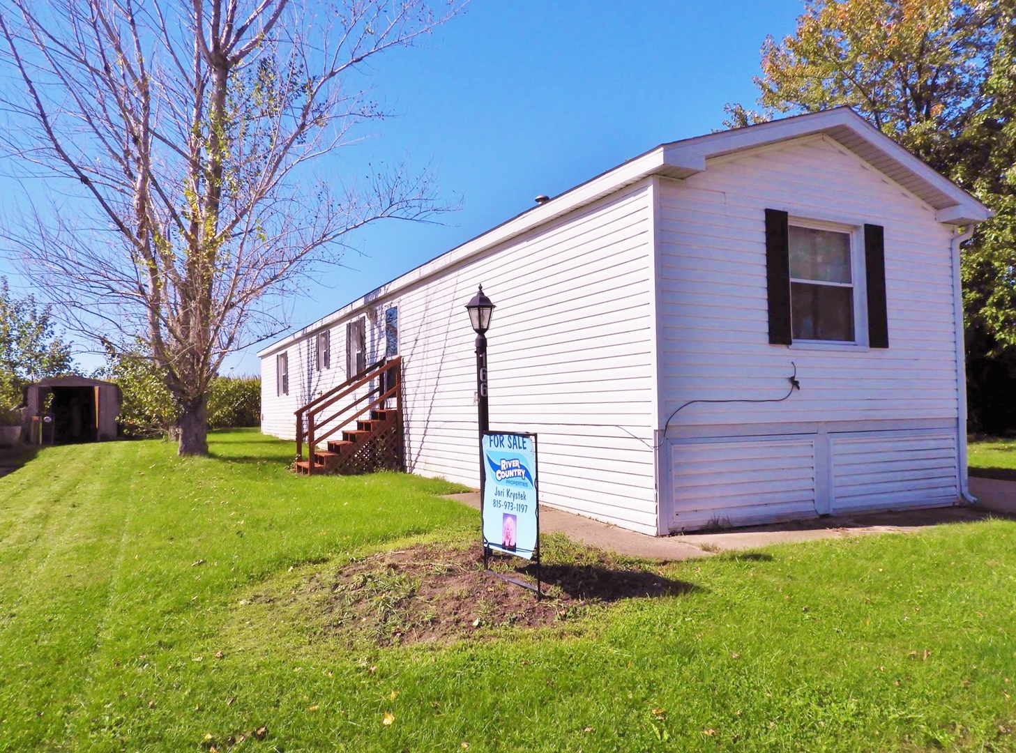 16 West Wasson 166, Amboy, Illinois, 61310