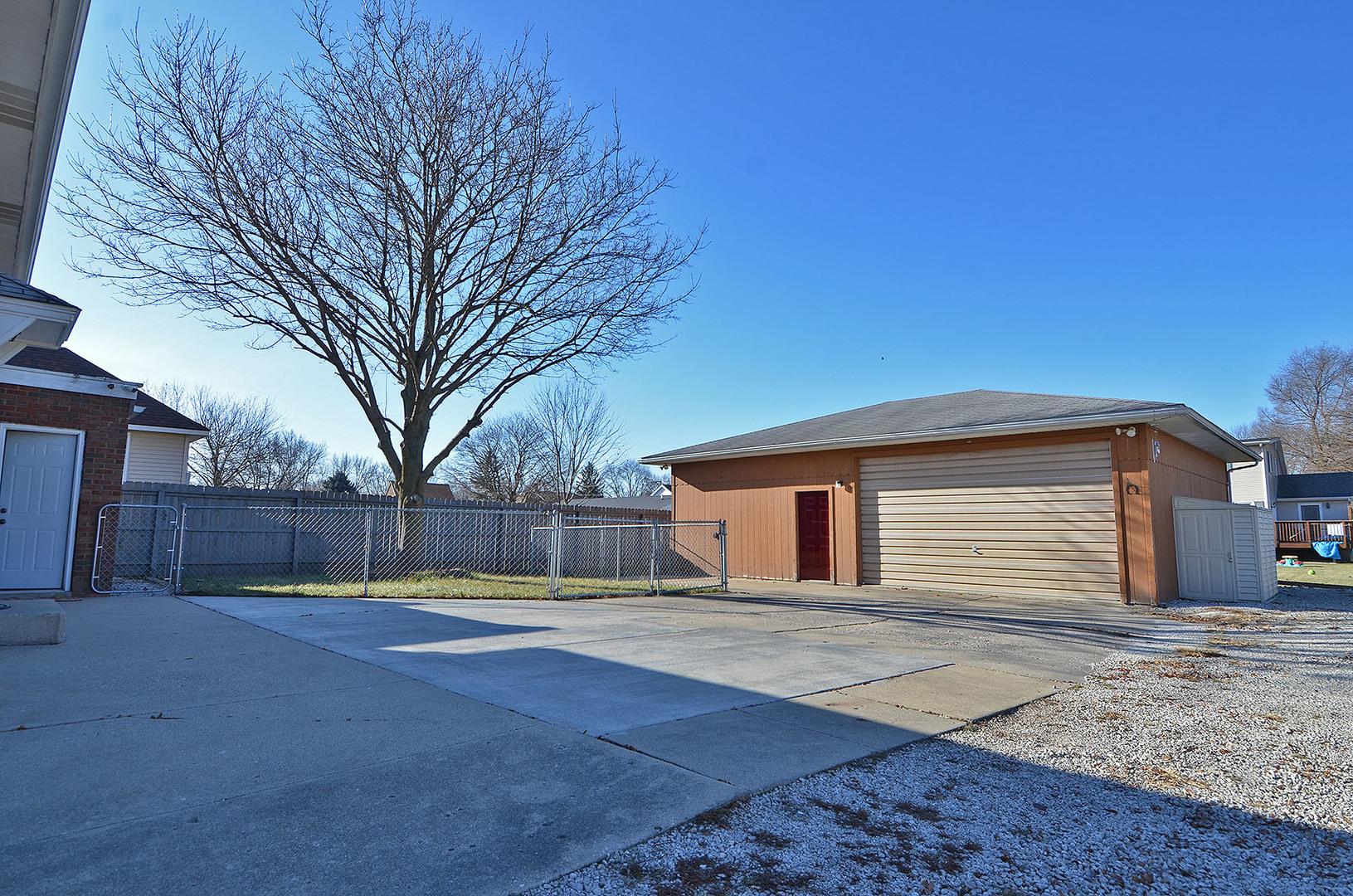 106 BIRMINGHAM, Streator, Illinois, 61364