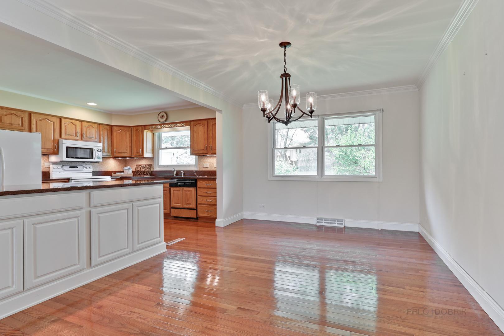 3790 Winston, Hoffman Estates, Illinois, 60192