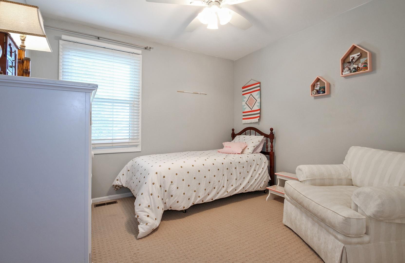1512 Pebblecreek, Glenview, Illinois, 60025