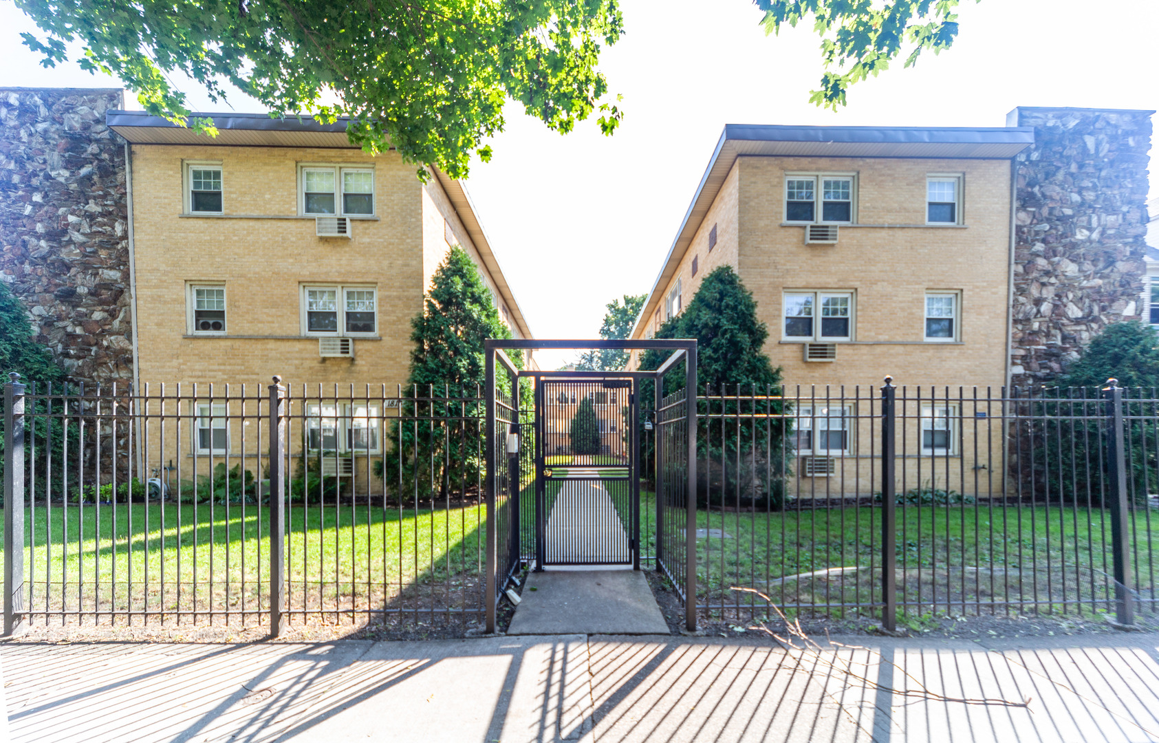 East Rogers Park