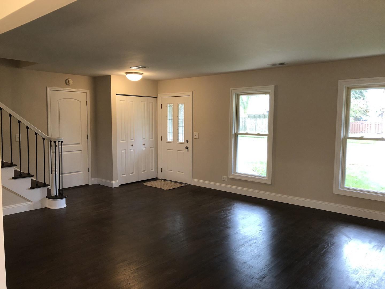 691 Briarwood, Roselle, Illinois, 60172