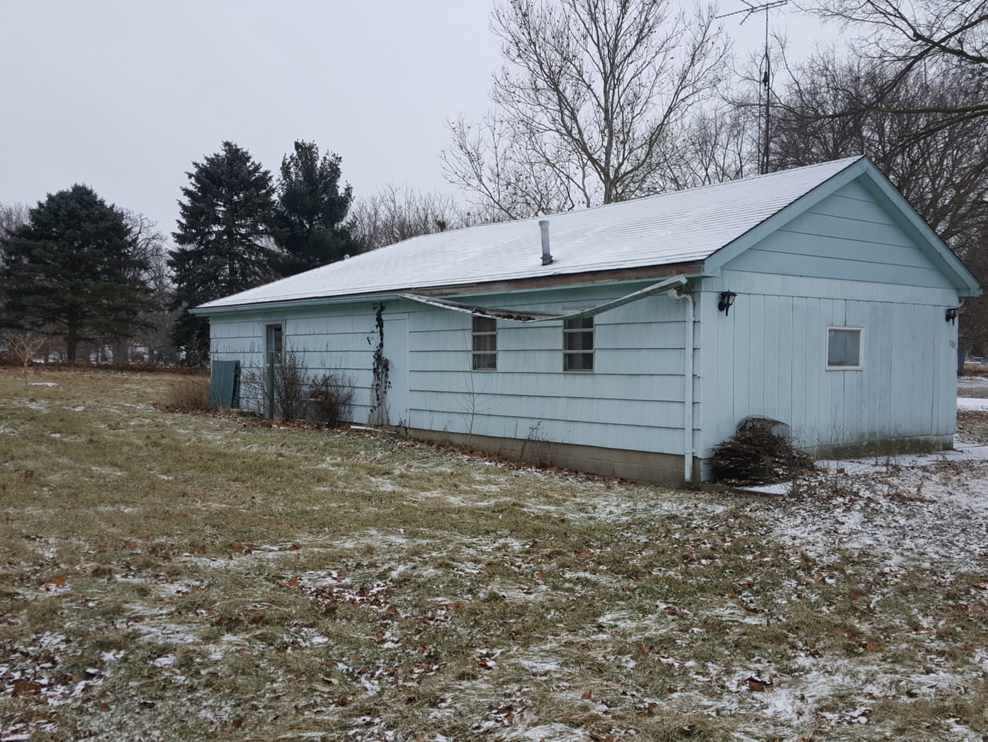 301 East 3rd, Melvin, Illinois, 60952