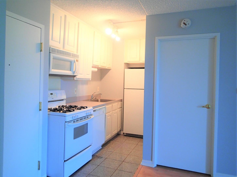 1750 North Marywood 608, Aurora, Illinois, 60505