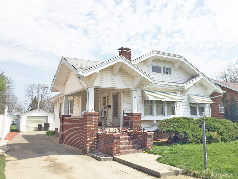 923 Garfield Place, Danville, IL 61832