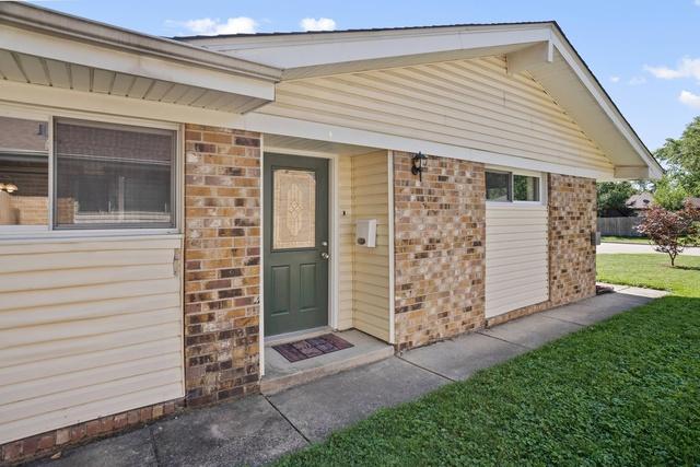 108 Beverly, STREAMWOOD, Illinois, 60107
