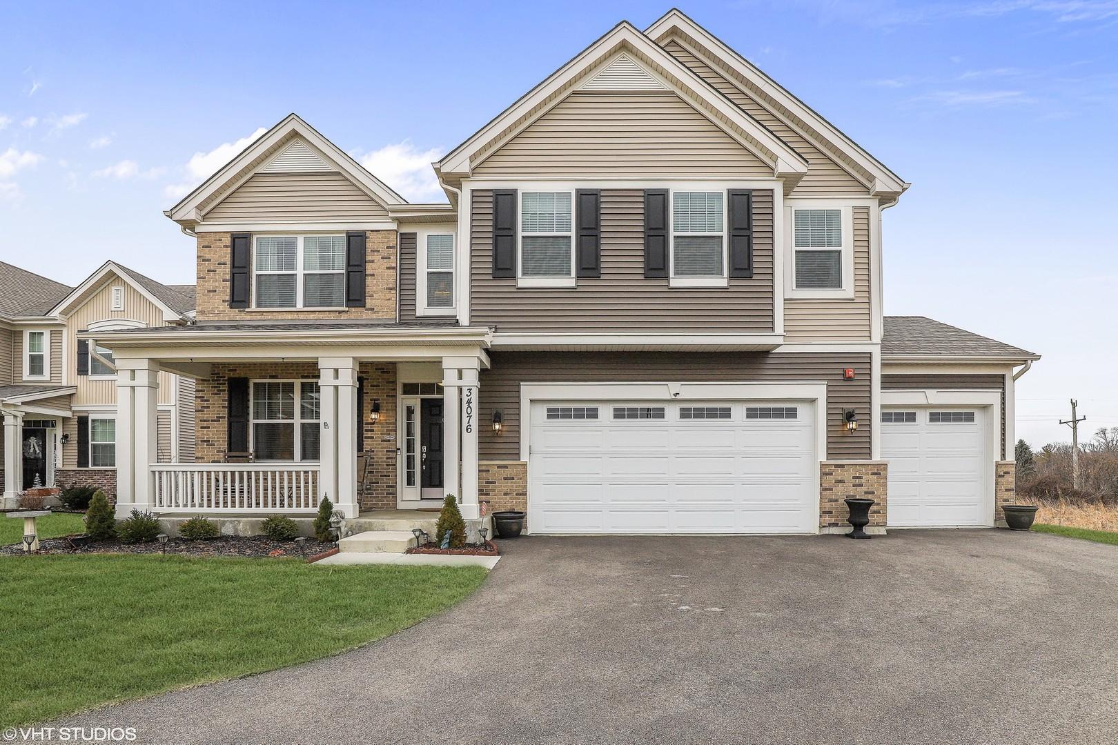 34076 North Jenna Lane, Gurnee, Illinois 60031