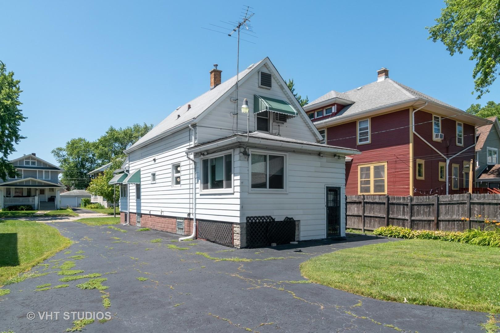 513 North 3rd, Maywood, Illinois, 60153