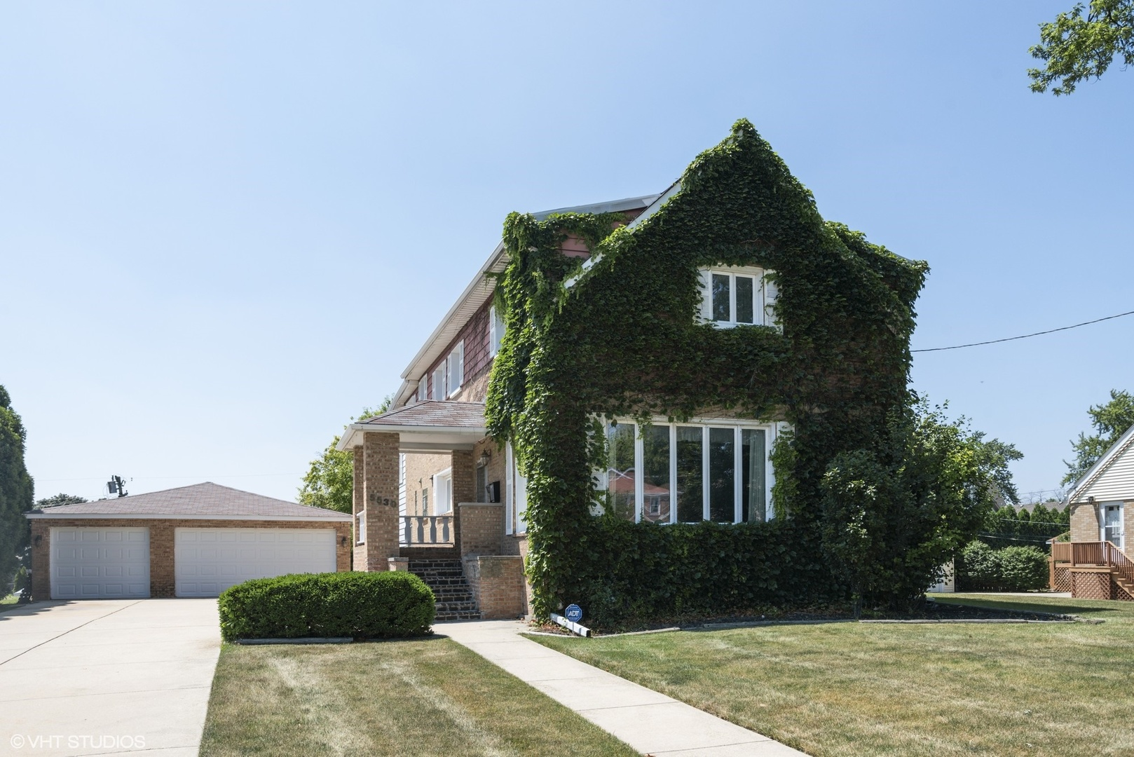 5530 N Canfield Exterior Photo
