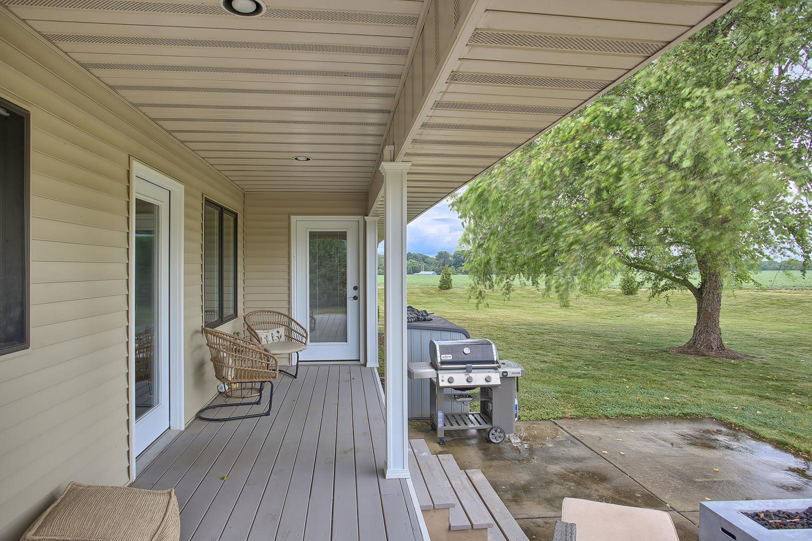 11 Sand Lake, Monticello, Illinois, 61856