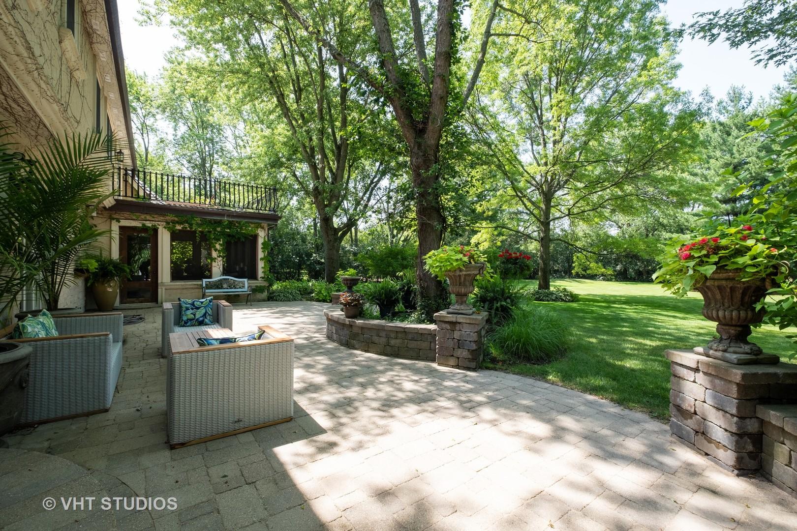 1756 Surrey, Lake Forest, Illinois, 60045