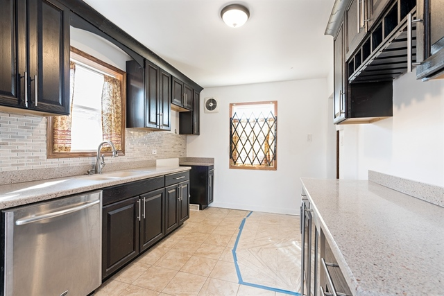 9714 South Wallace, CHICAGO, Illinois, 60628