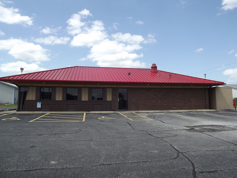 920 W Chestnut Street, Hoopeston, IL 60942