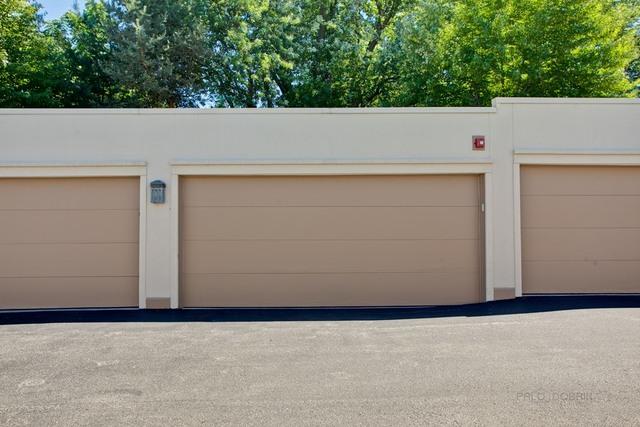 1635 North MILWAUKEE 306, LIBERTYVILLE, Illinois, 60048