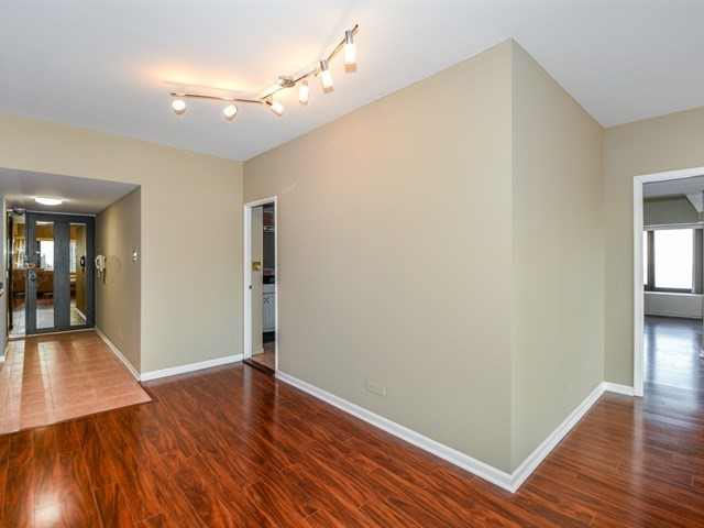 175 East Delaware Place 5712 Chicago-Near North Side, IL 60611 - MLS #: 09776042