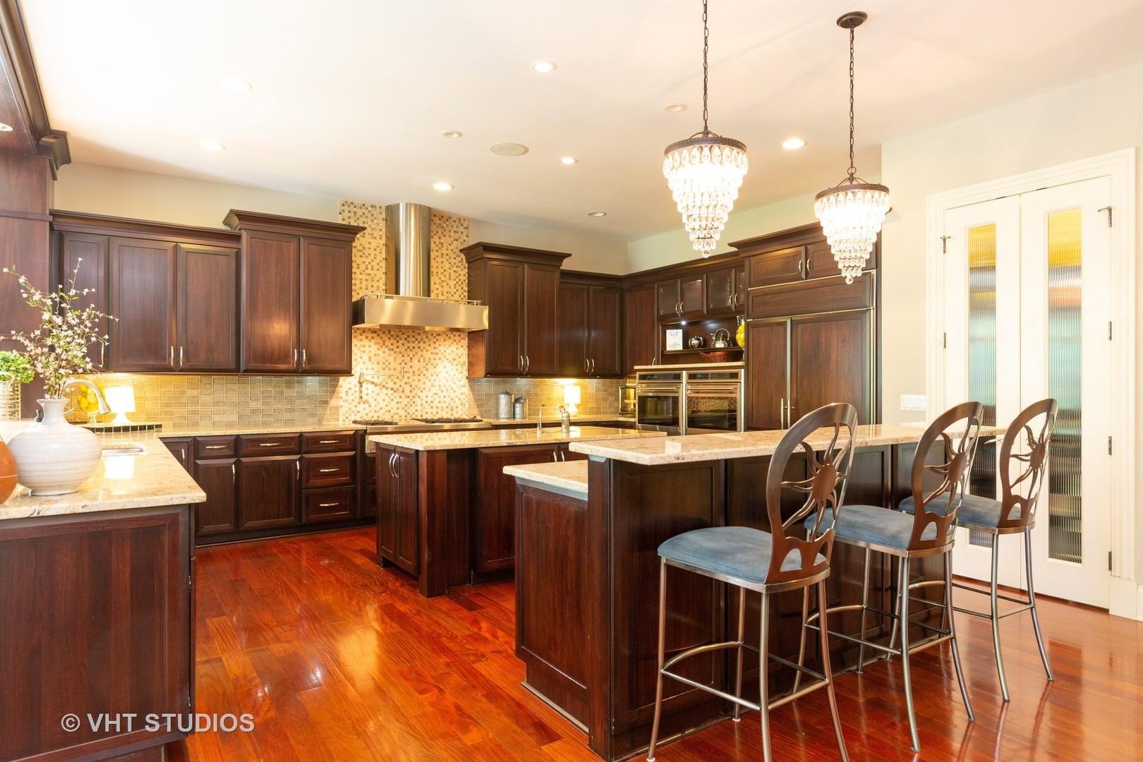 38W310 Heritage Oaks, ST. CHARLES, Illinois, 60175