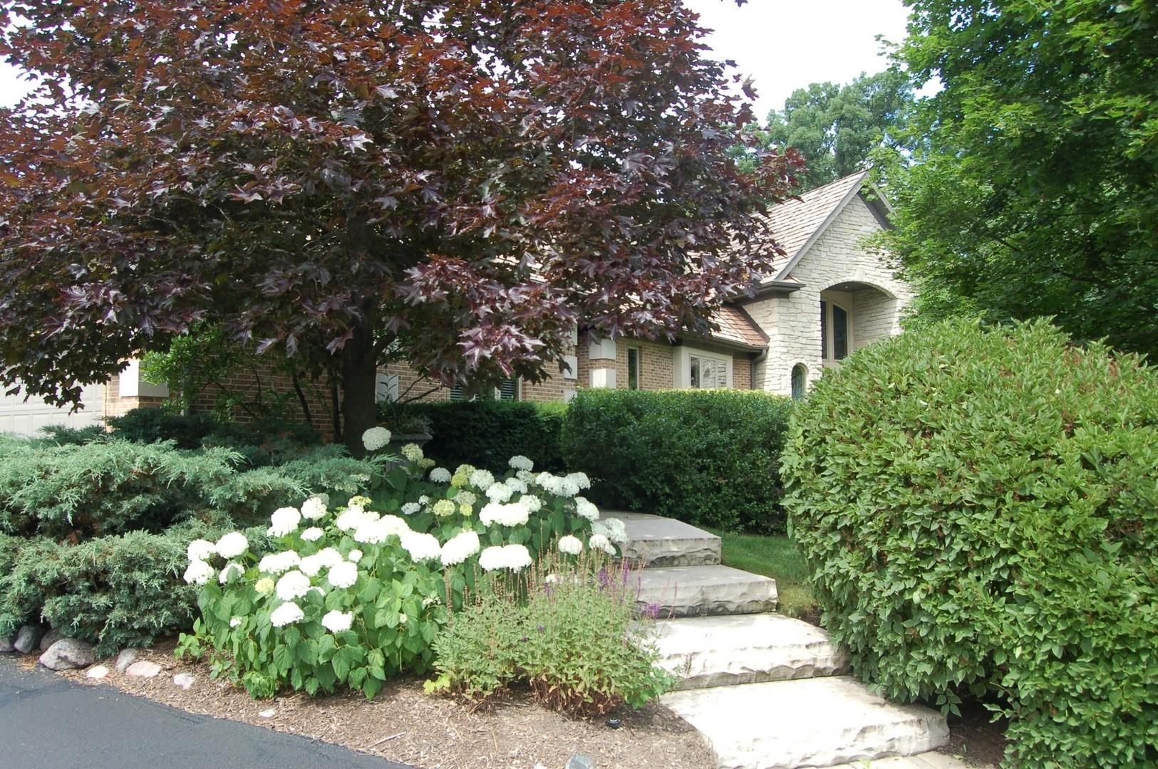 1740 Lakeview Terrace, Libertyville, IL 60048