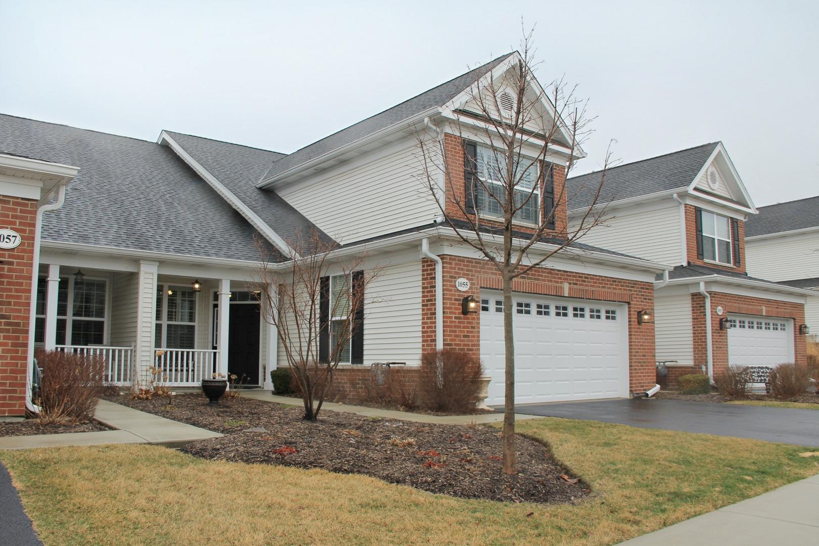 1055  Broadmoor,  ELGIN, Illinois
