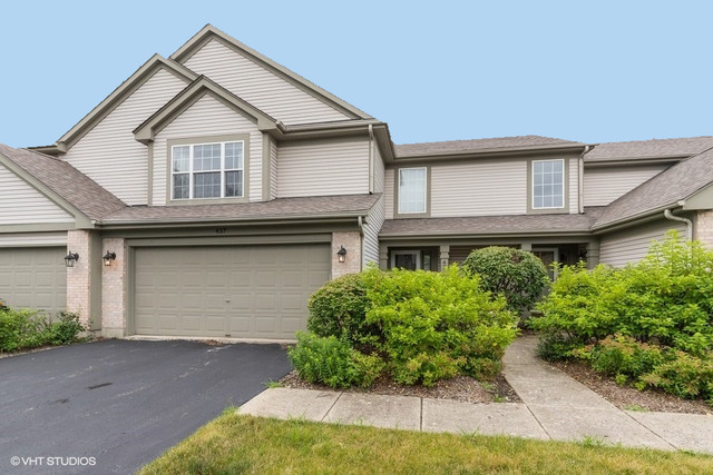 437 Ashwood Court, Unit 437, Lindenhurst, Illinois 60046