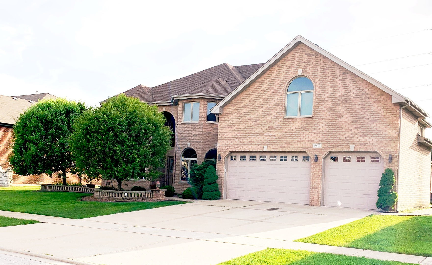 Homes For Sale In The Marycrest Subdivision Country Club Hills