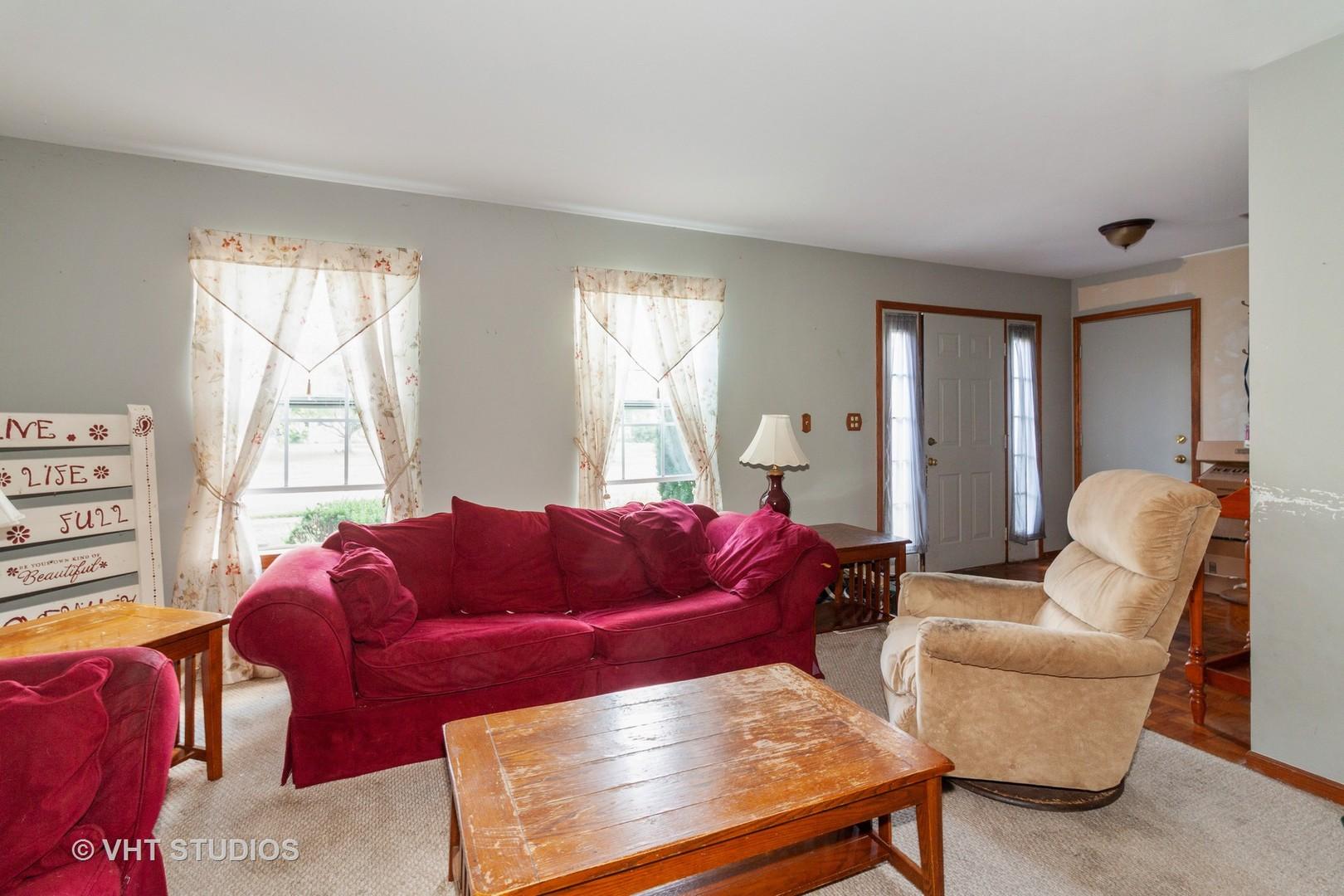 1333 Lilac, Carol Stream, Illinois, 60188