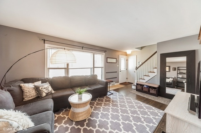 214 South Owen, Mount Prospect, Illinois, 60056