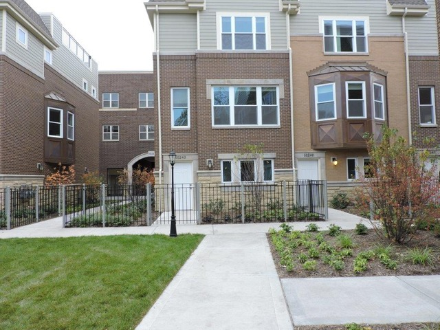 West 103rd St., CHICAGO, IL 60643