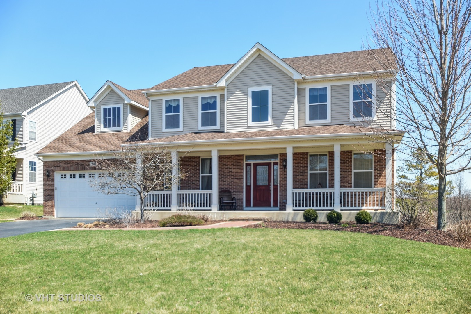 2302 Bluewater Drive, Wauconda, Illinois 60084