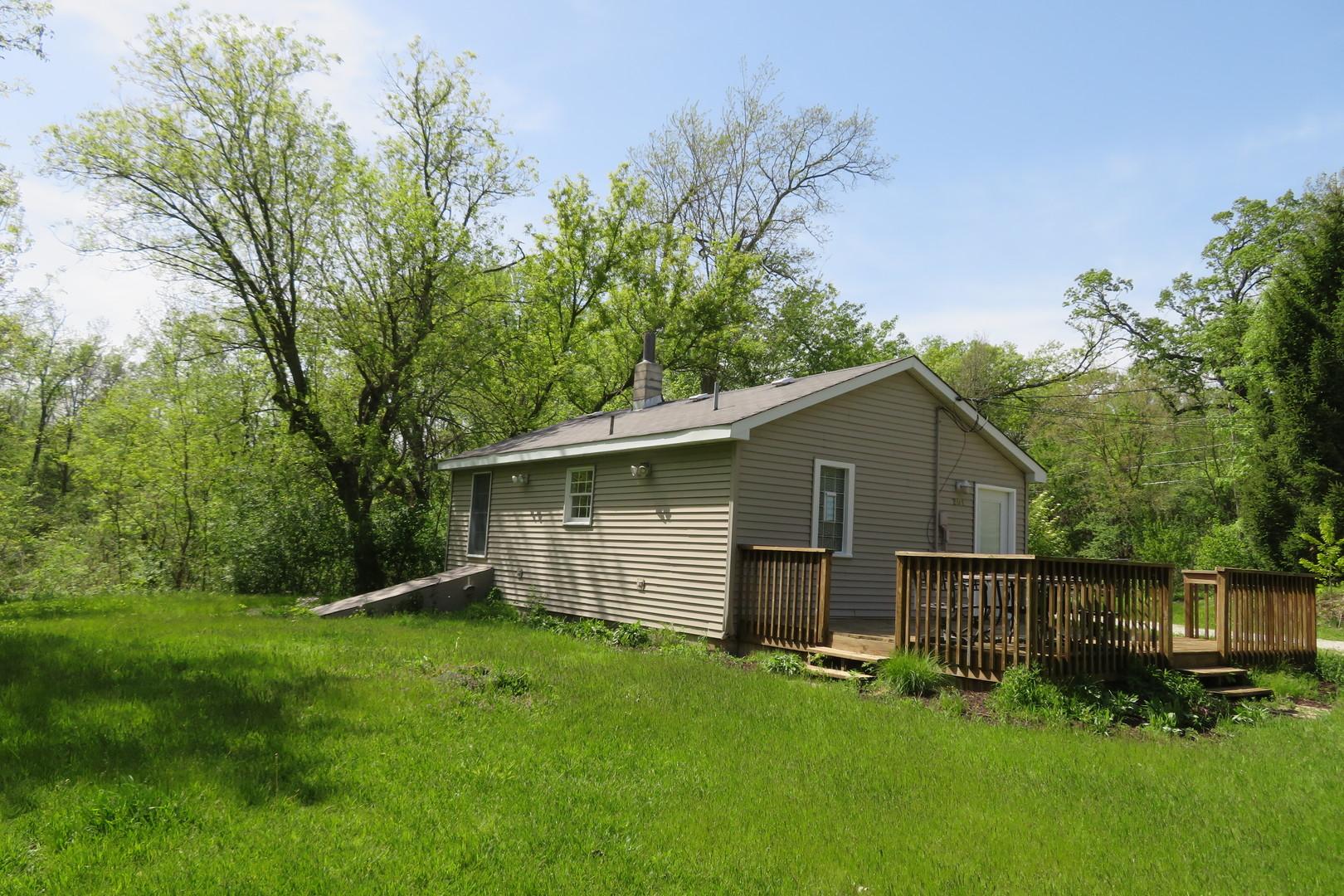 201 West Grass Lake, Spring Grove, Illinois, 60081