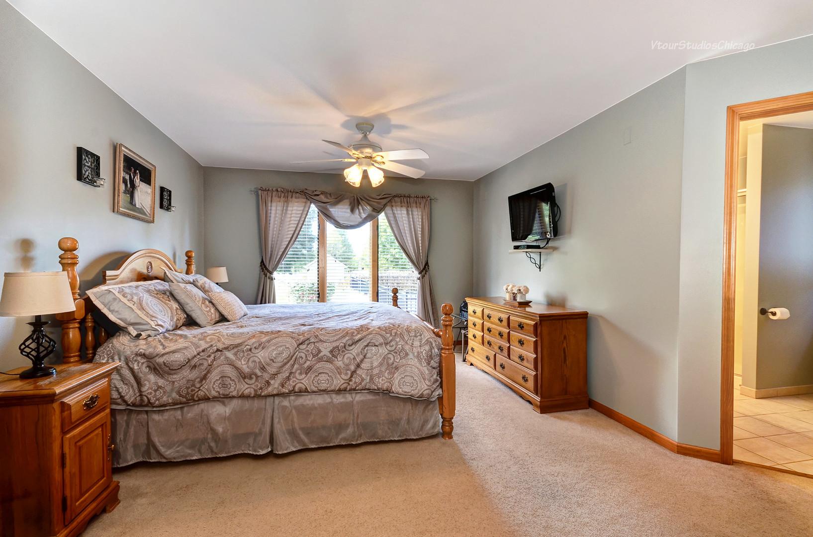 12576 Mitchell, PLANO, Illinois, 60545