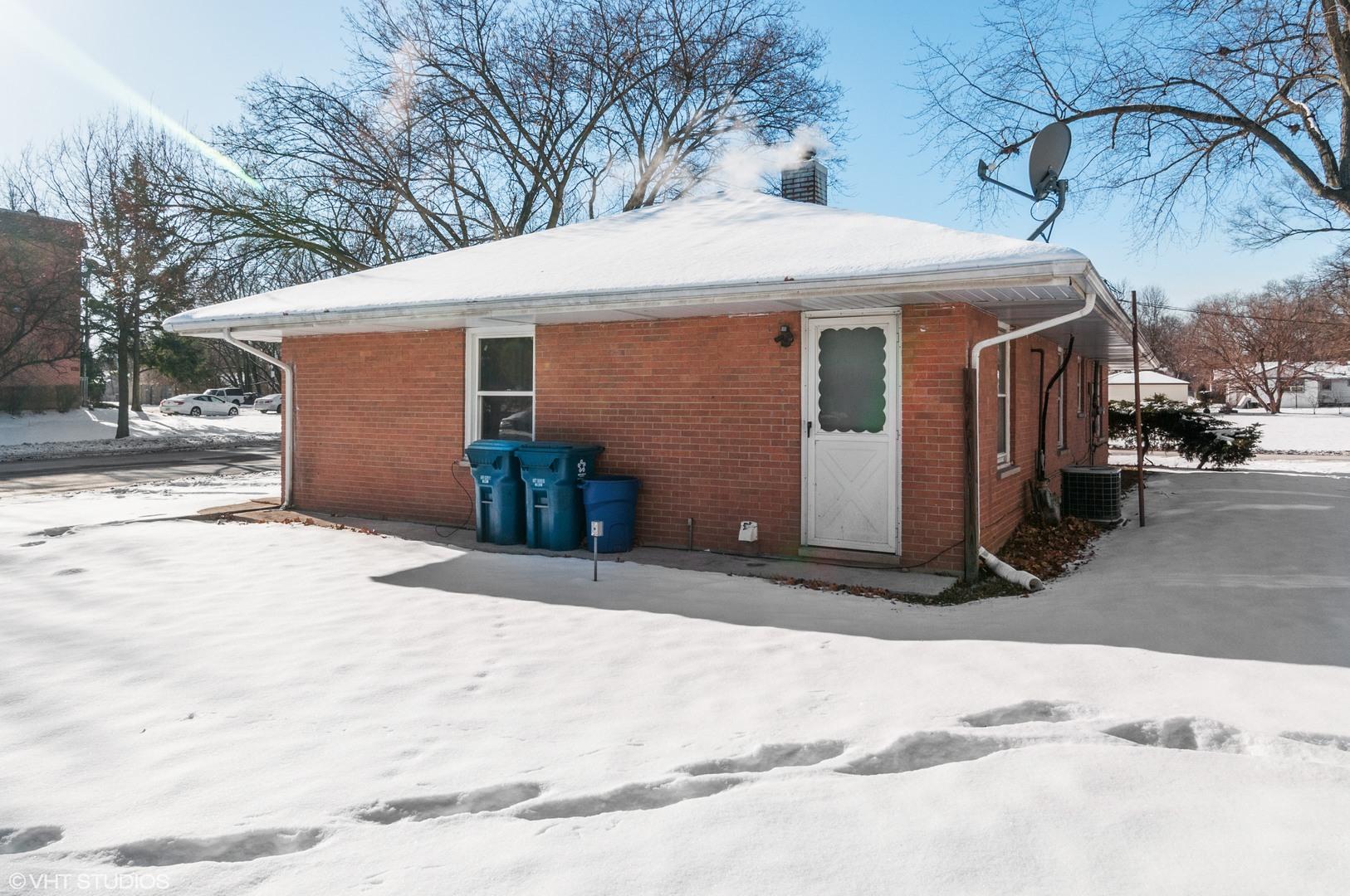 556 Ashland, AURORA, Illinois, 60505