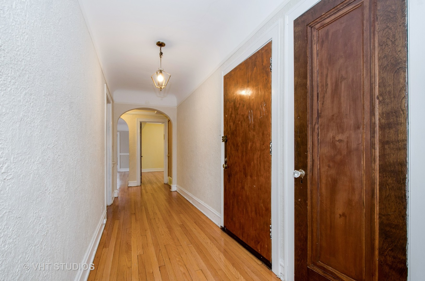 2729 West Jarvis, Chicago, Illinois, 60645