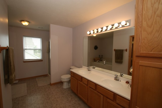 2038 National Sewing, Belvidere, Illinois, 61008