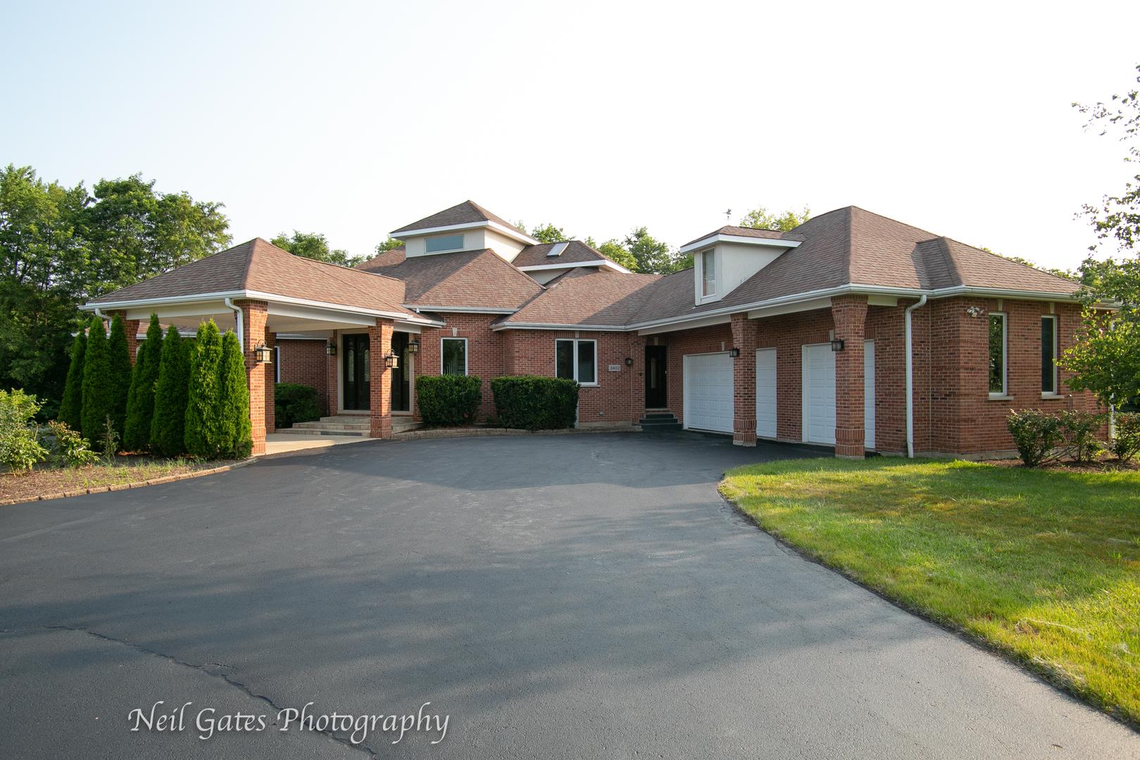 3402 Cornflower Way, Spring Grove, Illinois 60081