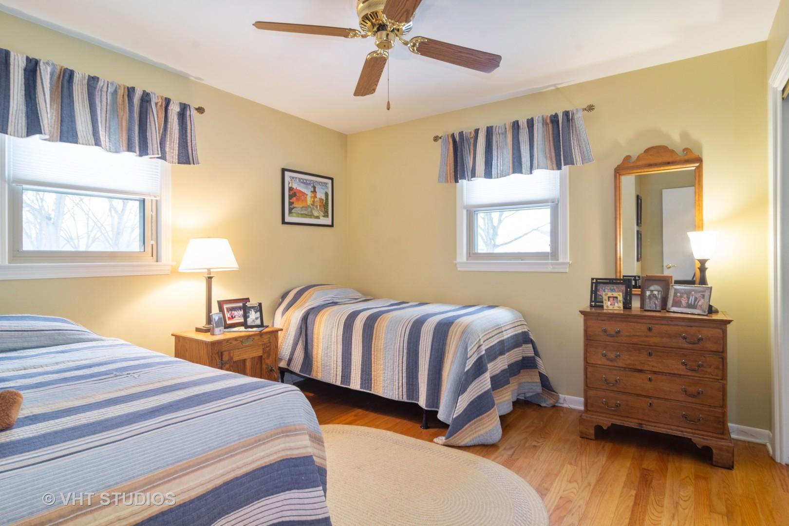 1328 North Peartree, Mount Prospect, Illinois, 60056